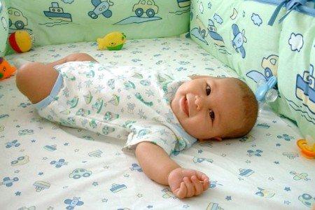 Полис обязательного медицинского страхования (ОМС) для новорожденного